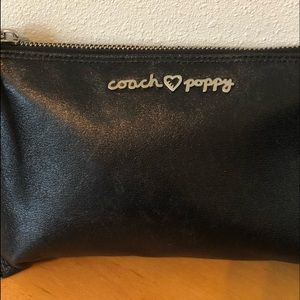 Coach-poppy black clutch